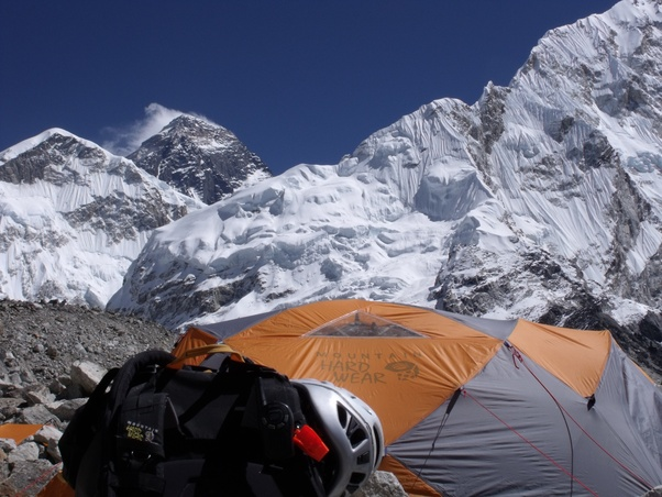 What does the summit of Everest look like? - Quora