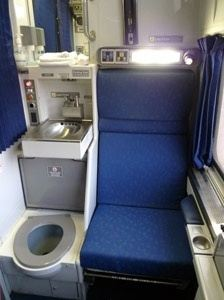 Are There Toilets On Amtrak Trains Quora - Bathrooms on amtrak trains