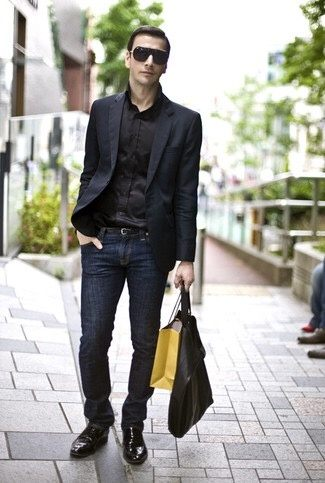 What color shirt goes well with dark blue jeans? - Quora