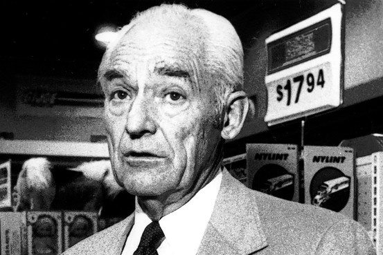 sam walton and wal mart Sam walton single-handedly built wal-mart into the biggest retailer in the world, transforming the way america shopped and making himself one of the world's richest men in the process thanks to his aw, shucks demeanor and his strategy of targeting rural areas, retailing giants like kmart, sears and.