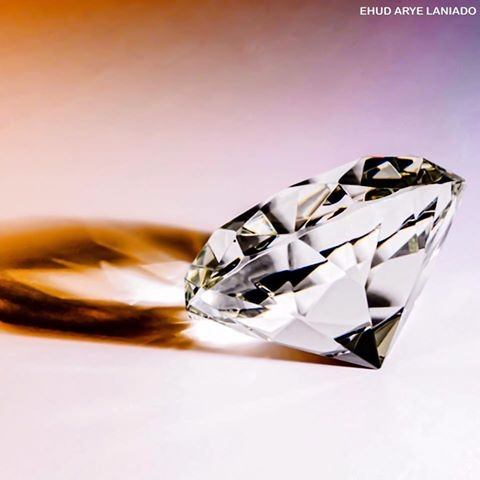 diamonds with n halo a asha center amorphous diamond ct natural