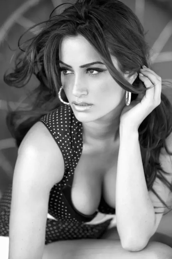 Sexy smoking girl foto