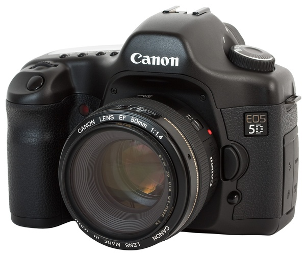 Does a modern camera phone or a 10 year old entry-level DSLR take