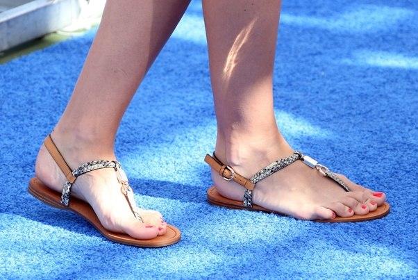 Why Do Women Wear Sandals - Quora-8490