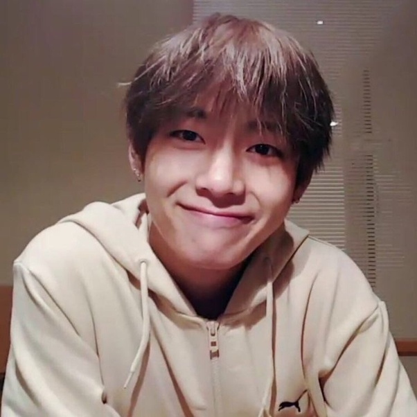What does Kim Taehyung look like? - Quora