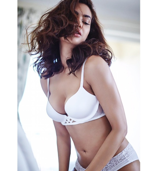 Hot girls ass in bikini bottoms